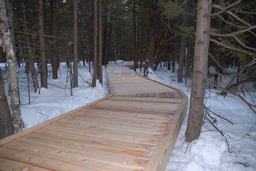broken head trail interpretive walkway